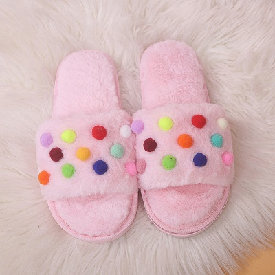 Pom Pom Colorblock Fluffy Slippersa