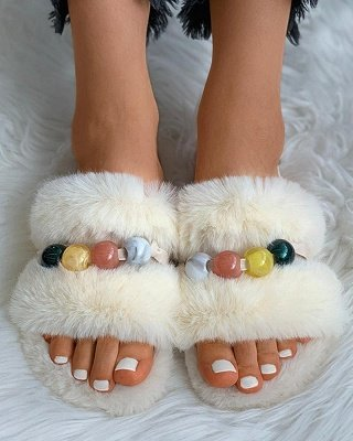 Colorblock Beaded Fluffy Slippers_14