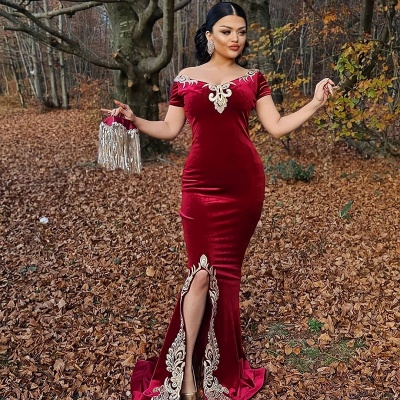Sexy Floor Length Off the Shoulder Gold Lace Velvet Red Prom Dresses_2