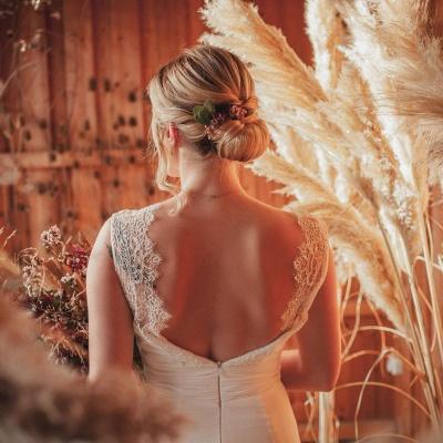 Simple A-Line Lace Chiffon Wedding Dress_3