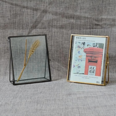 Simple Antique Gold Rectangle Glass Photo Frame Folding Desktop Picture Brass Frames for Portraits and Landscape Home Decoration_5