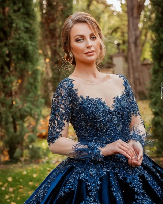 Gorgeous Ball Gown Velvet Lace Long Sleeves Prom Dress_2
