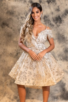 Stylish A-Line Lace Short Prom Dress Off-Shoulder Homecoming Dress_1