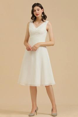 Classic V-Neck Sleeveless Knee Length Chiffon Bridesmaid Dresses_1