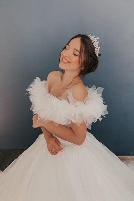 White Off the Shoulder Puffy Tulle Lace Ball Gown Wedding Dresses_4