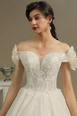 Elegant Off-the-Shoulder Tulle Lace Bridal Gown Ball Gown Floor Length Wedding Dress_7