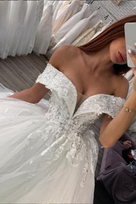 Gorgeous Off Shoulder Floral Lace White Bridal Gowns_2