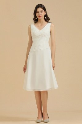 Classic V-Neck Sleeveless Knee Length Chiffon Bridesmaid Dresses