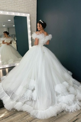 White Off the Shoulder Puffy Tulle Lace Ball Gown Wedding Dresses_2