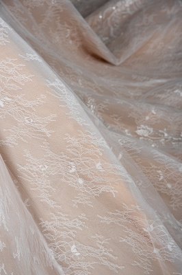 Gorgeous Long Sleeves Tulle Beading Wedding Dresses With Lace Appliques_7