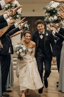 Gorgeous Tulle Bateau Wedding Dresses With Lace Appliques_6
