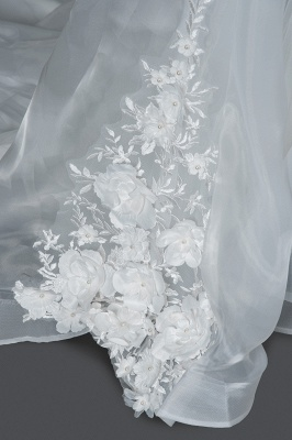 Gorgeous Tulle Sleeveless Beading Wedding Dresses With Lace Appliques_5