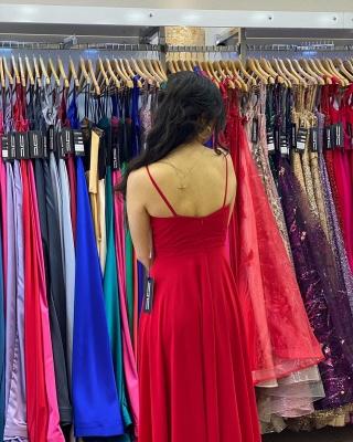 Sleek Sleeveless Ruby Chiffon Split Ruffles Sheath Prom Dresses_2