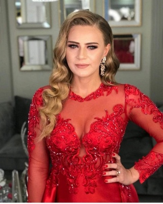 Luxury Front-Split Ruby Ruffles Prom Dresses With Long Sleeves_3