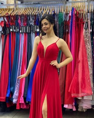 Sleek Sleeveless Ruby Chiffon Split Ruffles Sheath Prom Dresses_4