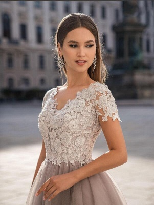Beautiful Tulle Short Sleeves Light Purple Tea-Length Prom Dresses With Lace Appliques_4