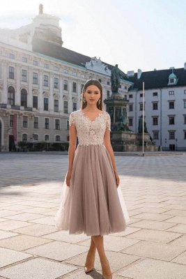 Beautiful Tulle Short Sleeves Light Purple Tea-Length Prom Dresses With Lace Appliques_1