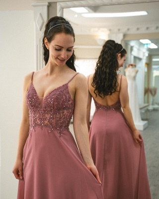 Graceful Spaghetti Straps Dusty Rose Ruffles Prom Dresses With Appliques_3