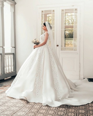 Elegant Satin White Sleeveless Appliques A-Line Wedding Dresses_3