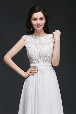 A-line Scoop Modest Wedding Dress With Lace Appliques_7