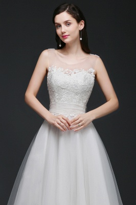 A-line Scoop Tulle Elegant Wedding Dress With Lace_4