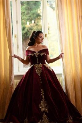Luxury Off The Shoulder Red Velvet Prom Dresses Lace Ruffles Evening Dresses_1