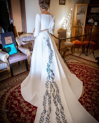Gorgeous Half Sleeves Satin Ruffles Cathedral wedding Dresses With Bowknot_4