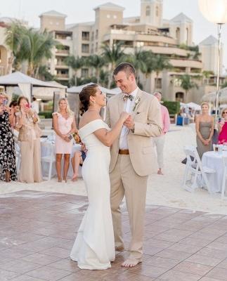Elegant Sweetheart off The Shoulder Sheath Wedding Dresses | Backless Wedding Gown_4