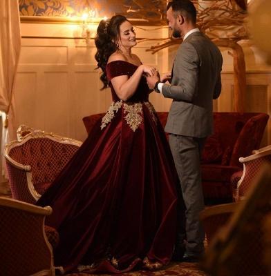 Luxury Off The Shoulder Red Velvet Prom Dresses Lace Ruffles Evening Dresses_3