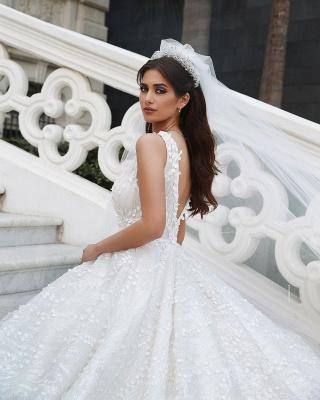 Elegant Straps V Neck Backless Floral Crystal Pleated Ball Gown Wedding Dresses_3