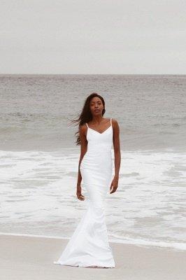 Sexy Spaghetti Strap V Neck Fitted Mermaid Wedding Dresses_1