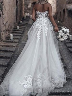Glamorous Strapless Sweetheart Tulle Lace Sleeveless Wedding Dress with Beadings Online_2