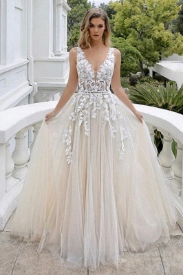 Modest Long A-line V-neck Tulle Wedding Dress with Appliques Lace