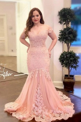 Vintage Long off-the-shoulder Tulle Mermaid Prom Dress with Lace Appliques