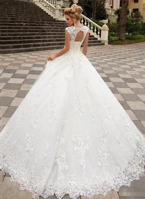 Chic A-Line Tulle Lace Sleeveless Wedding Dress with Brush Train_2