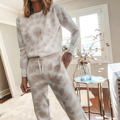 Women White Tie-dyed Pajamas Long Sleeves