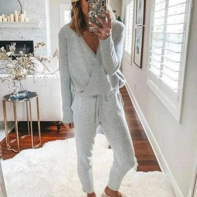 Comfortable Light Grey V Neck Pajamas Long Sleeves