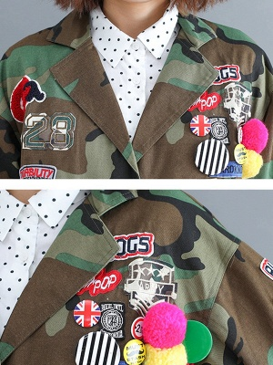 Green Paneled Shift Pockets Buttoned Patch Printed Color-block Coat_6