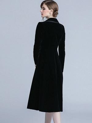 Black Lapel Paneled Buttoned Pockets Velvet Coat_3
