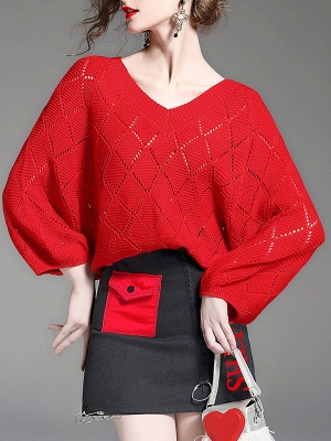 Red Cutout V neck Balloon Sleeve Graphic Sweater_7