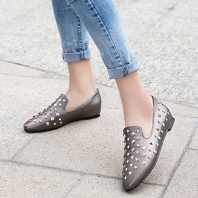 Rivet Daily Round Toe Chunky Heel Casual Loafers_3