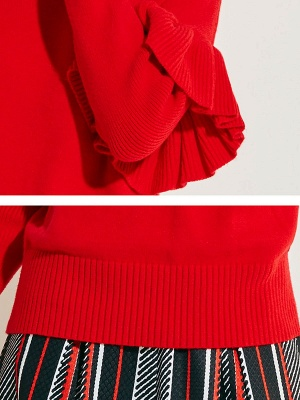 Red Casual Paneled Solid Crew Neck Sweater_5