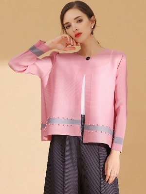 Pink Buttoned Color-block Pleated Beaded Coat_5