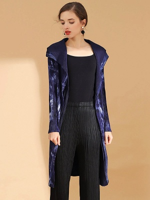Purple Reversible Printed Pleated Coat_5