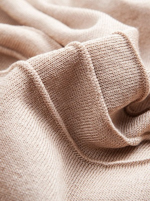 Ice Yarn Knitted Shift Casual Batwing Sweater_9
