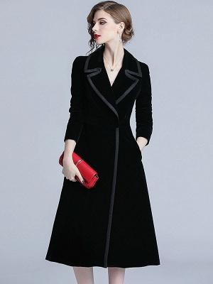 Black Lapel Paneled Buttoned Pockets Velvet Coat_4