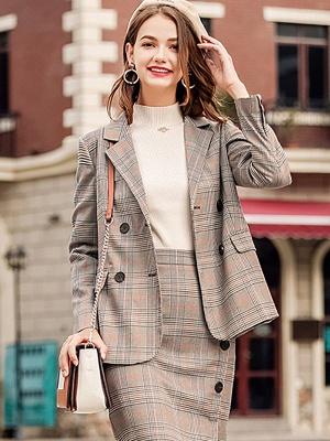 Casual Paneled Turtleneck Long Sleeve Sweater_7