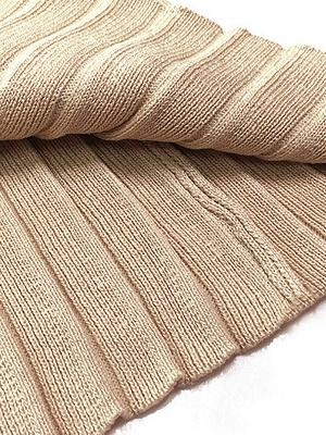 Casual Paneled Turtleneck Long Sleeve Sweater_9