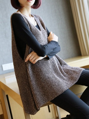 Shift V Neck Sleeveless Sweater_1