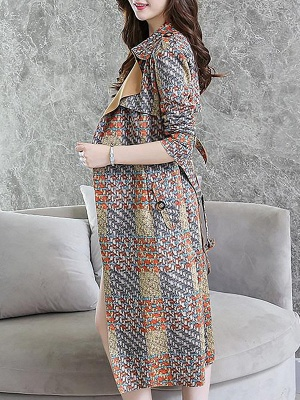 Multicolor Long Sleeve Lapel Buttoned Pockets Printed Paneled Coat_5